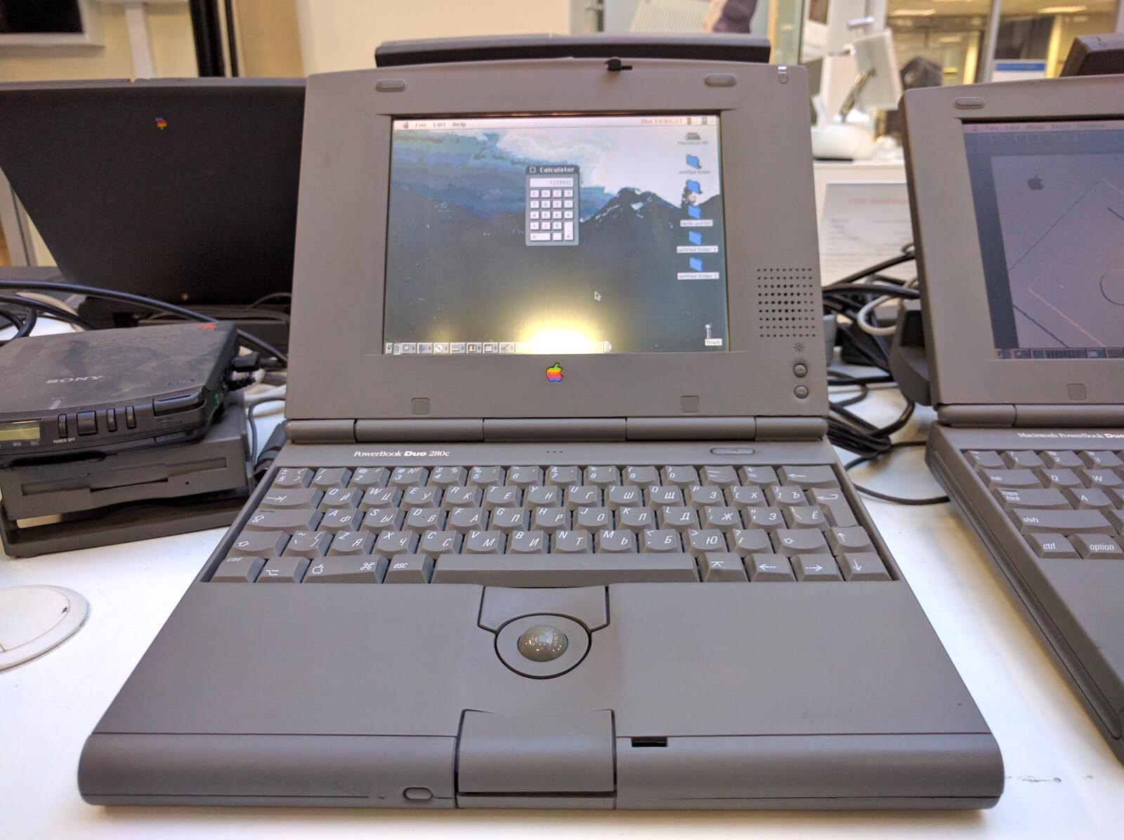 Macintosh PowerBook Duo 280c, 1989г., $6500